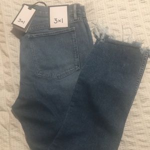 3x1 NWT Straight authentic crop